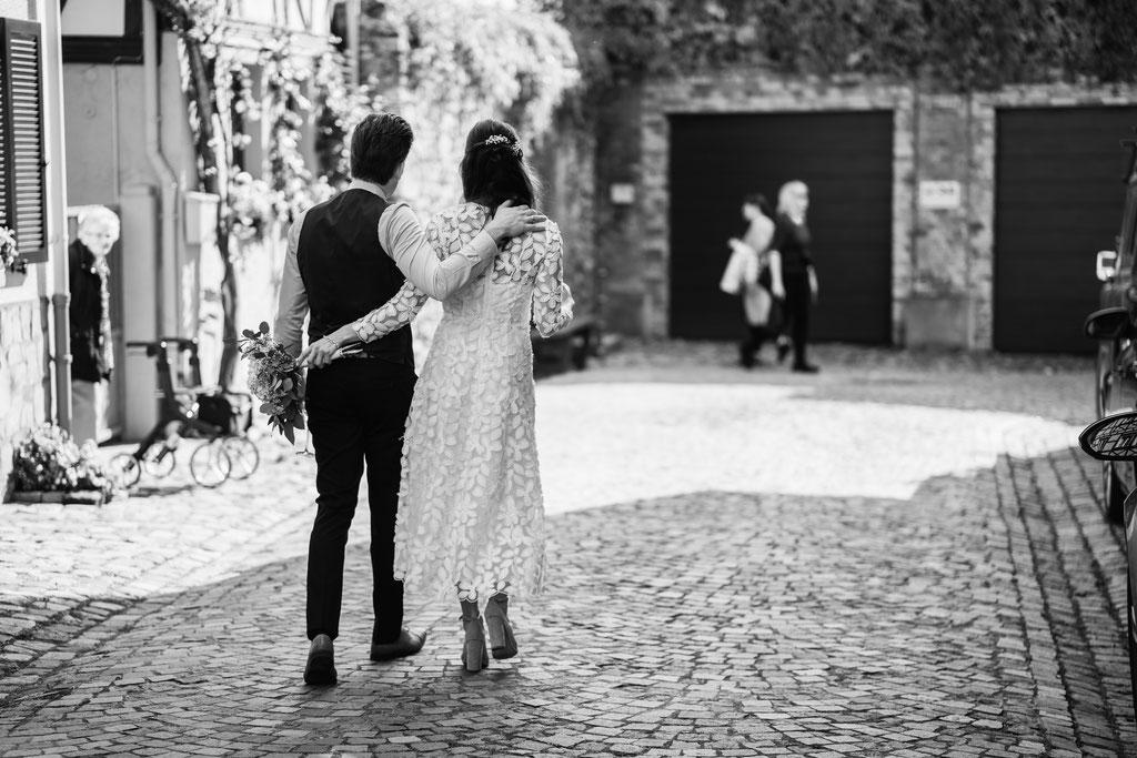 Hochzeitsfotografin Idstein, Brautpaar Portraits Eltville