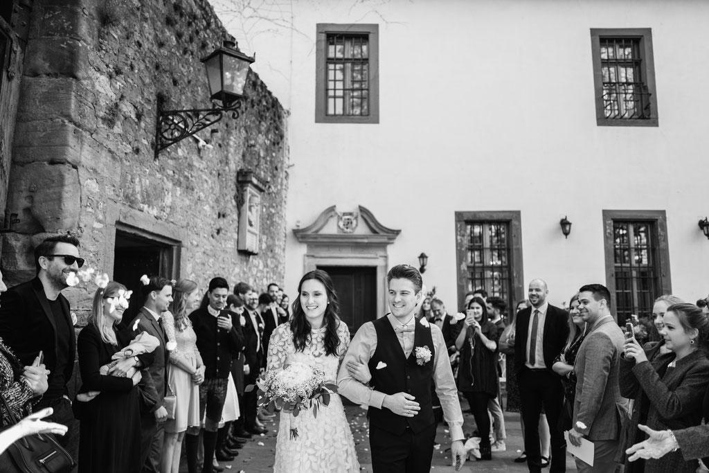 Hochzeitsfotografin Eltville, Burghof