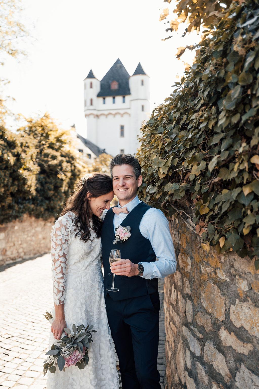 Hochzeitsfotografin Idstein, Brautpaaraufnahmen Eltville, Portraits Eltville
