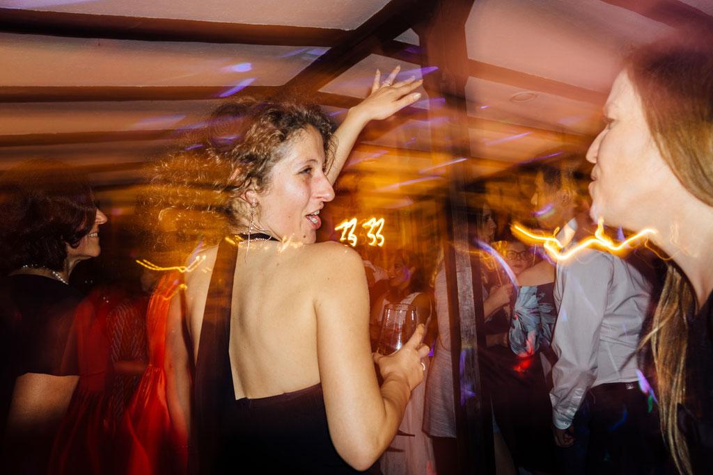 Party, Tanzen, Lichter, Stimmung, Hochzeit, Freie Trauung, Wiesbaden, Rheingau, Hubertushütte, Lentschik, Fotografin