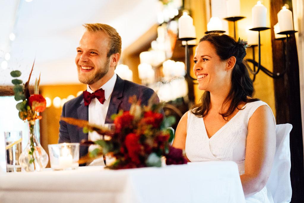 Brautpaar, Hochzeit, Freie Trauung, Hubertushütte, Lentschik, Hochzeitsfotografin Rheingau, Wiesbaden