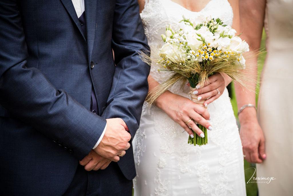 αγια τριαδα παραδεισιων ανθοδεσμη γαμου
