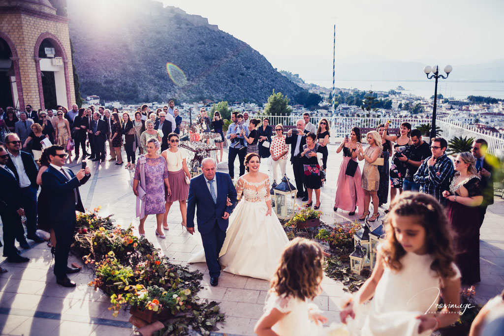 φθινοπωρινος γαμος στην ευαγγελιστρια ναυπλιου διακοσμηση γαμου