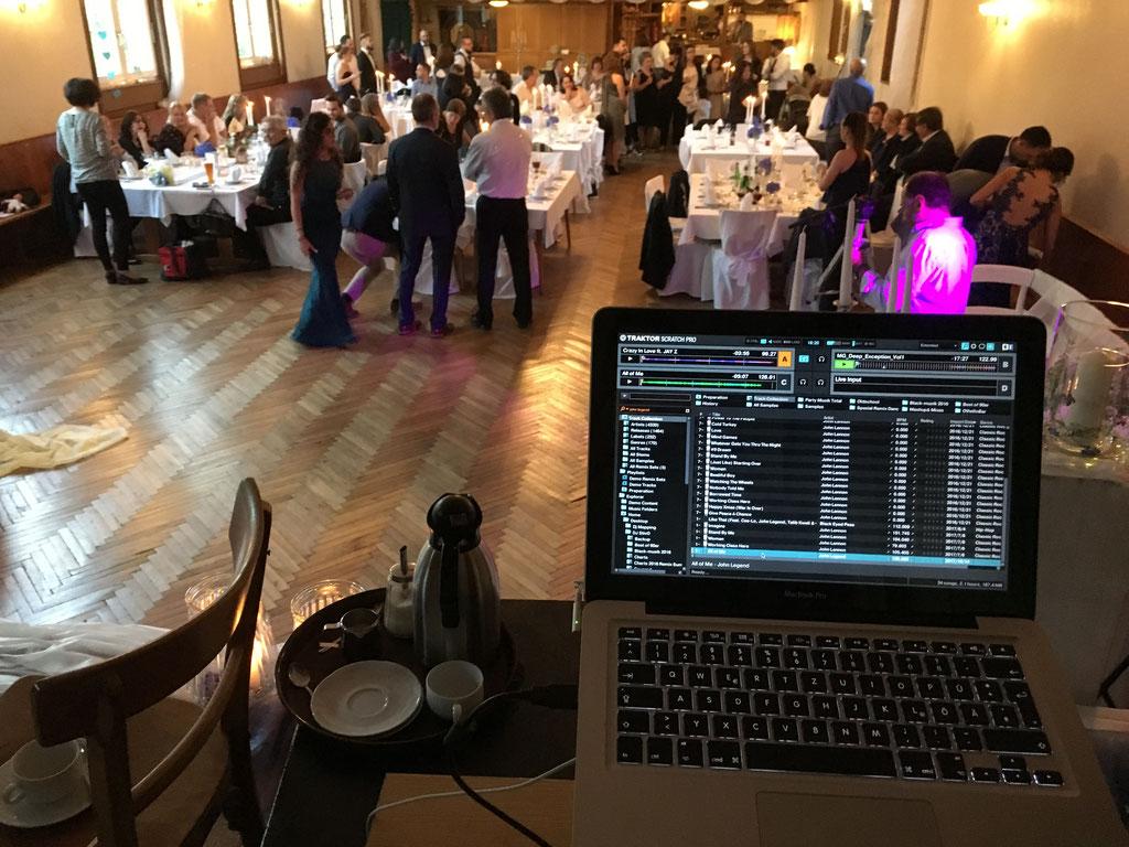 Location :     Oktober 2017 Deutsch-Griechisch Hochzeit