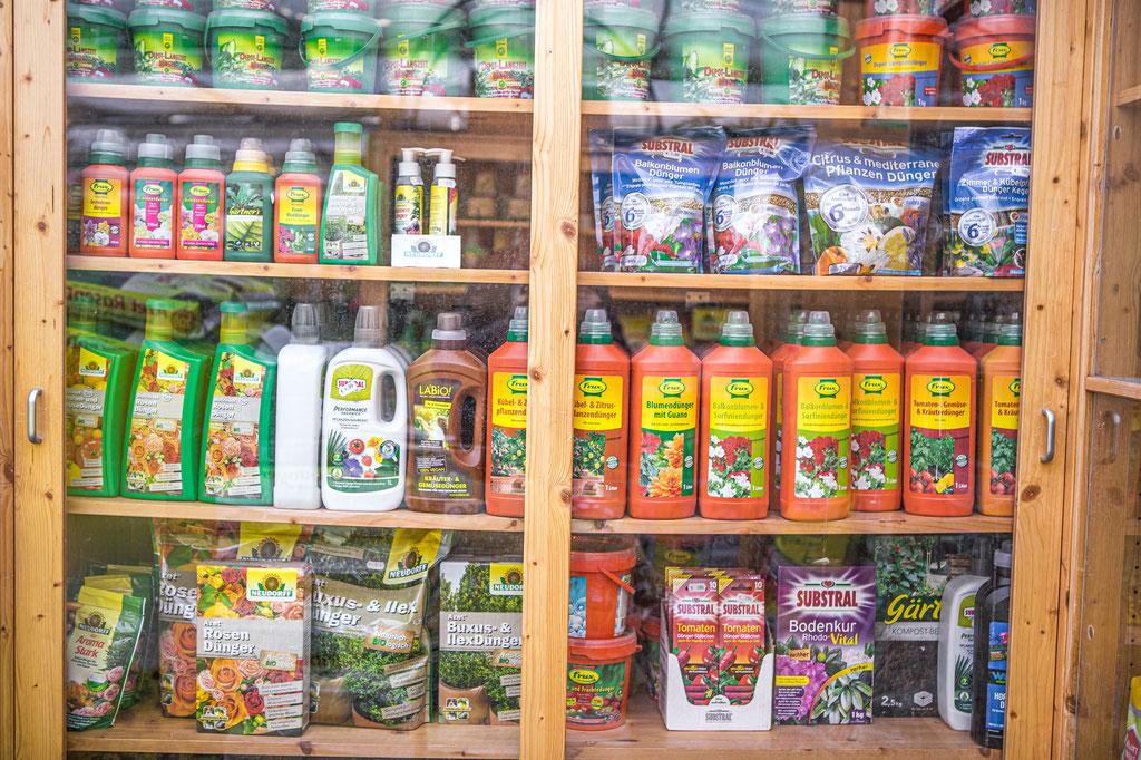 Dünger, Pflanzenschutzmittel oscorna, Crux, celaflor, neudroff kaufen Würzburg
