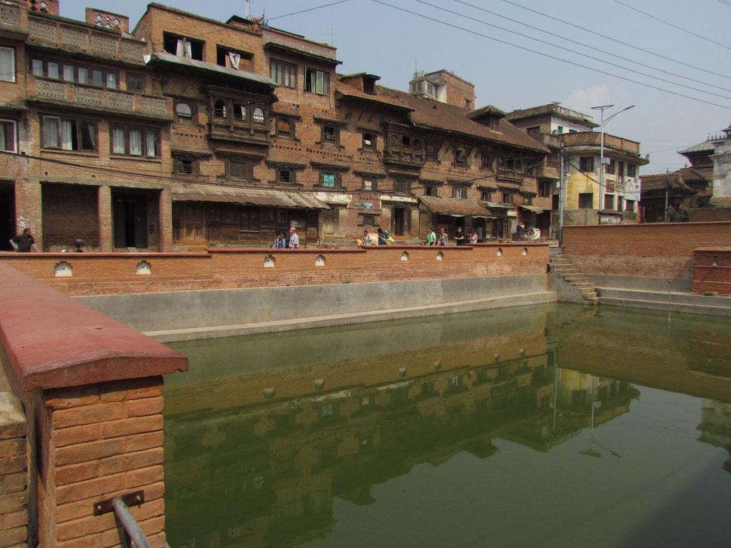Hauptplatz mit Wassertank