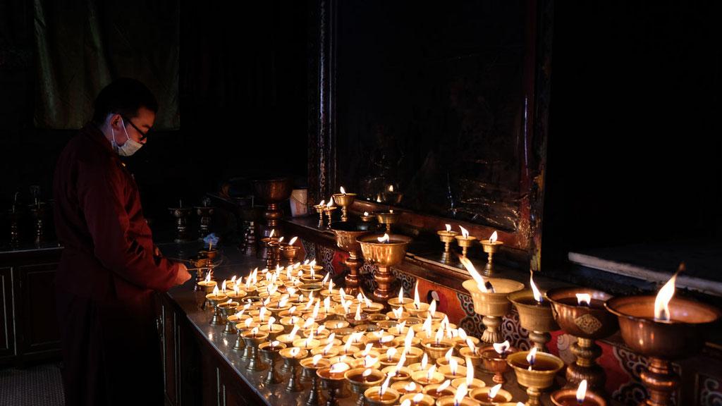 Butterlampen im Wengcheng-Tempel in Kham