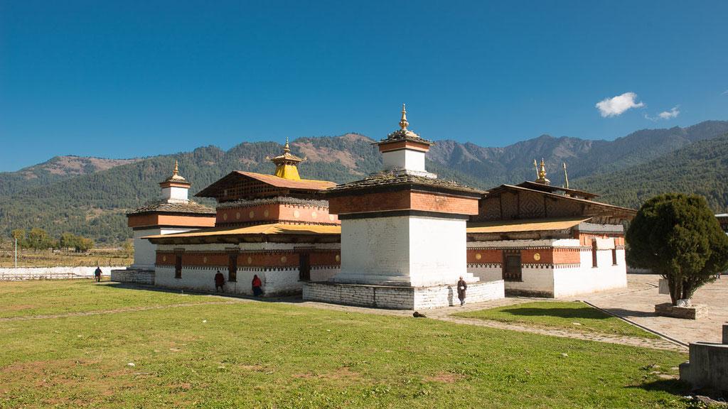 Jambay Lhakhang in Bumthang - soll 659 v. Chr. vom tibetischen König Songtsen Gampo gegründet worden sein
