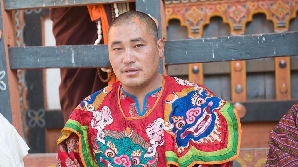 Maskentänzer im Kloster Trashigang in Bhutan