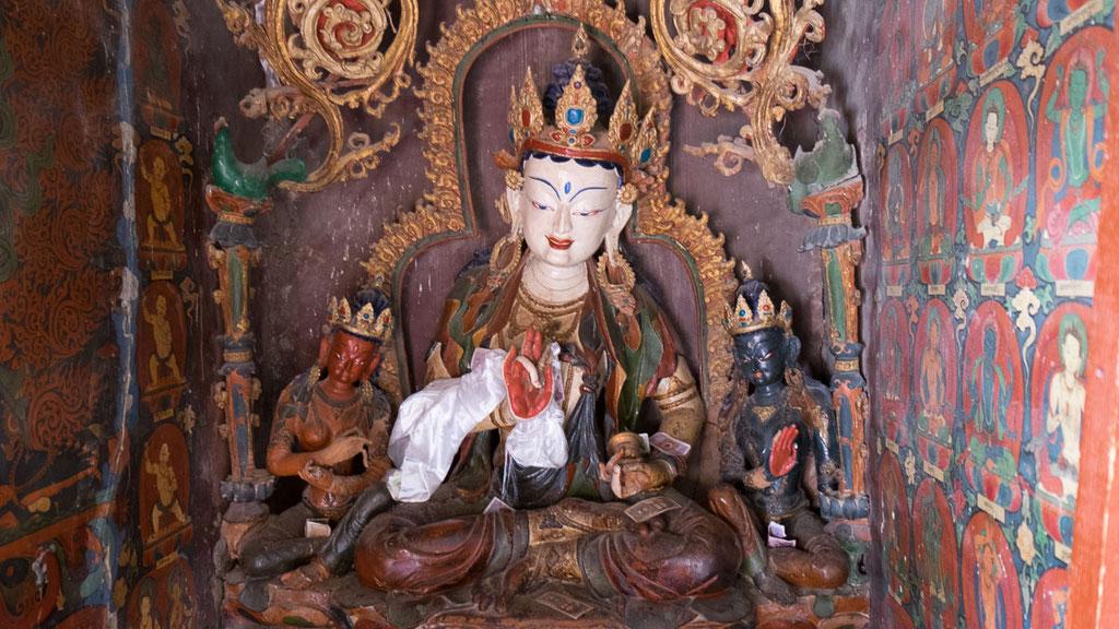 Statue im Kumbum-Chörten in Gyantse