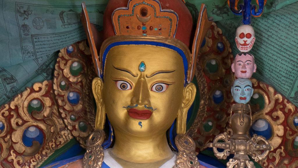 Statue des Tantriker Padmasambhava (tib. Guru Rinpoche)