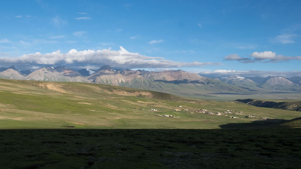 Kleines Dorf in Tibet