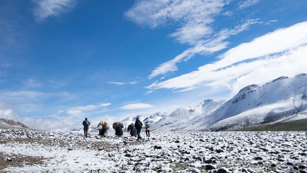 Trekking über einen 5100 Meter hohen Pass in Tibet