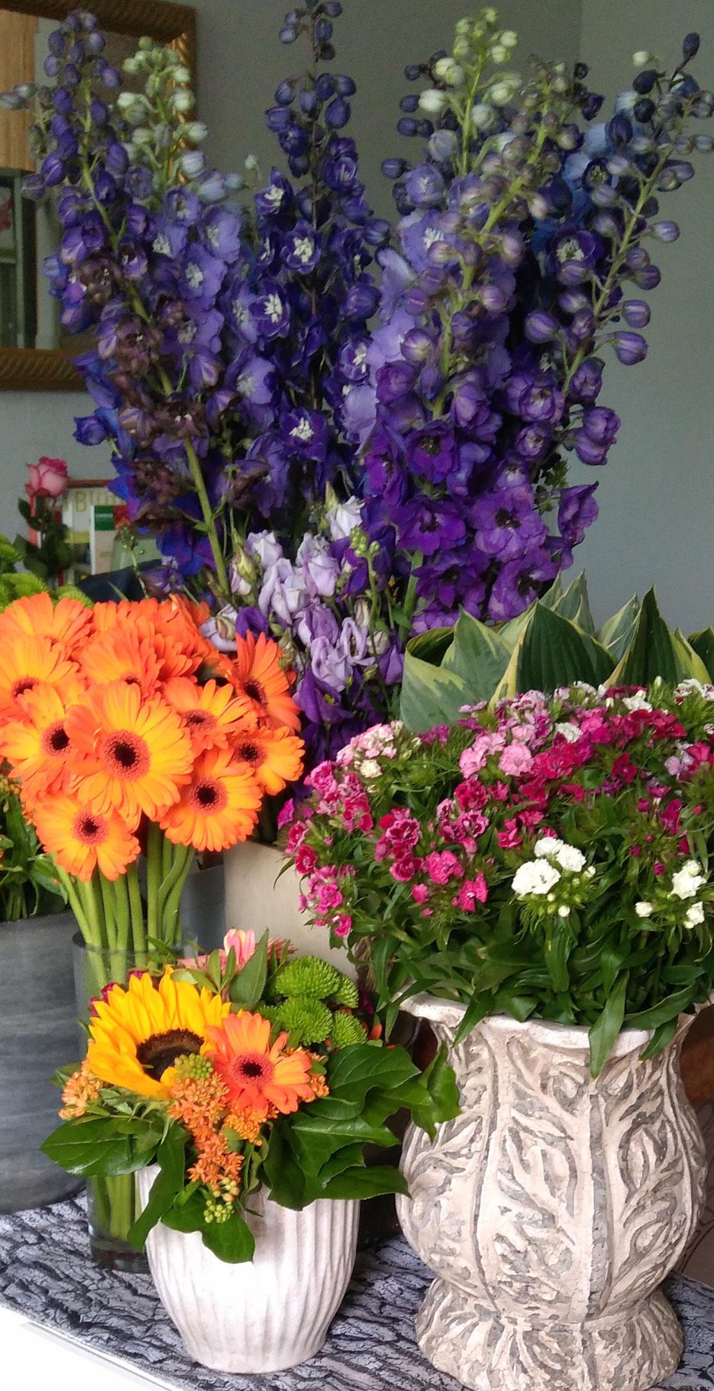 Blumensträuße/Gestecke/Keramik - BlumenART-Caputh - Lindenstraße 35