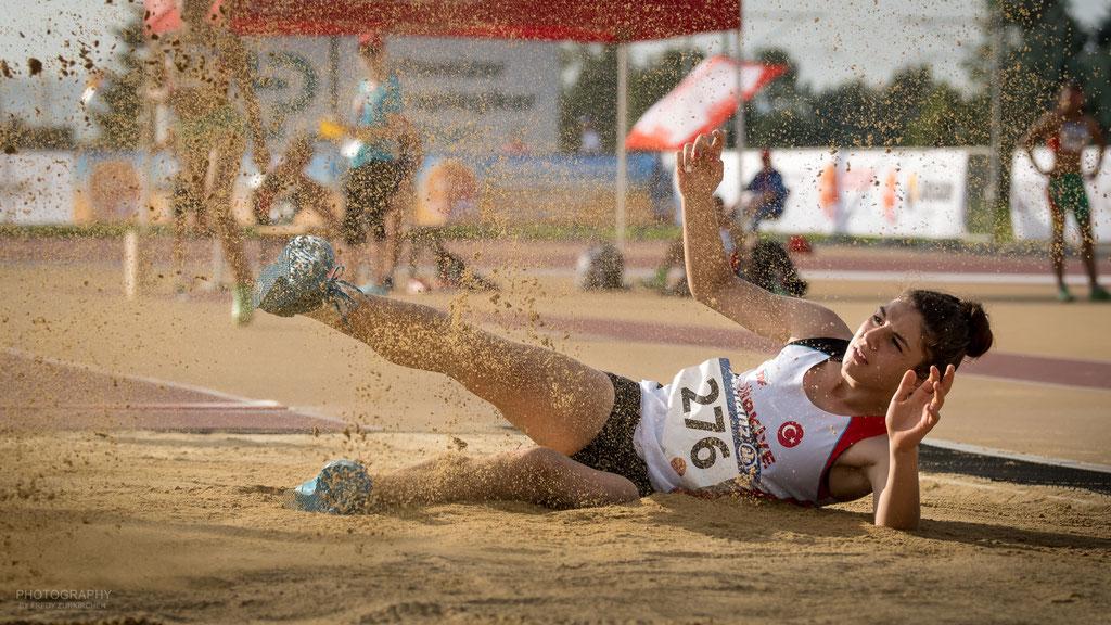 Mmmhh... schon wieder Sand im Mund ....