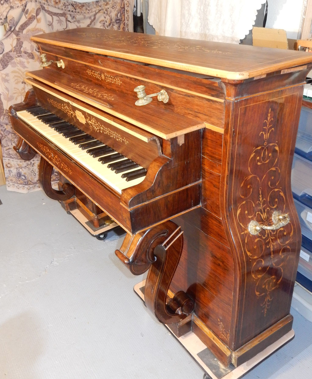 Martin frère 1825 piano pont ou niche à chien
