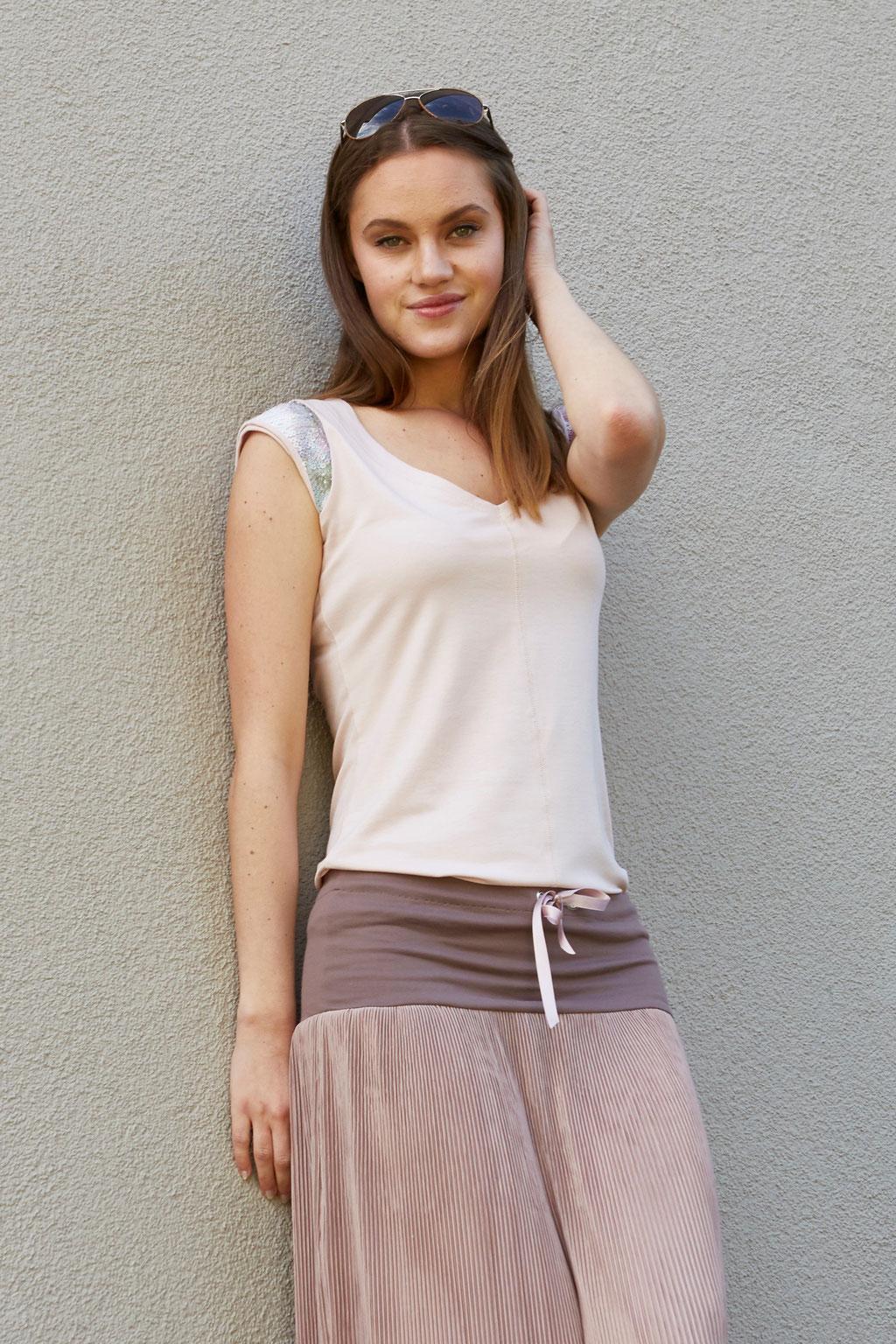 Shirt Mila, Skirt Plissée