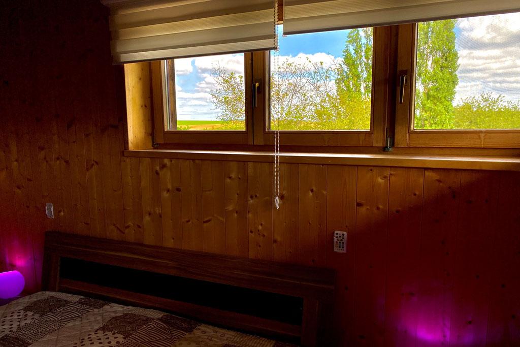 Schlafzimmer EG mit Doppelbett 180x200
