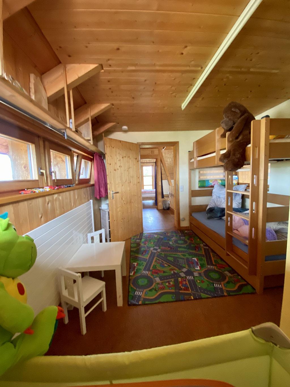 Kinderzimmer OG mit Etagenbett 2 x 90x200