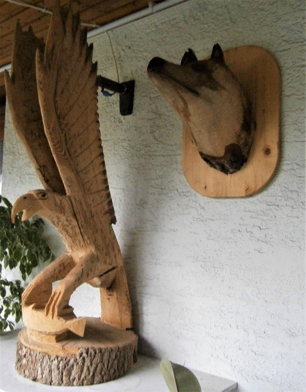 Adler mit Wolfskopf © 2020 Rößler
