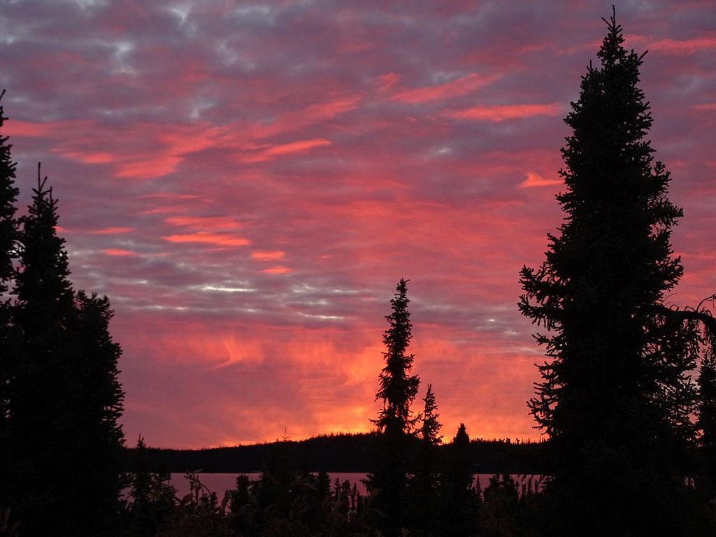 Morgenrot über dem Lake Louise