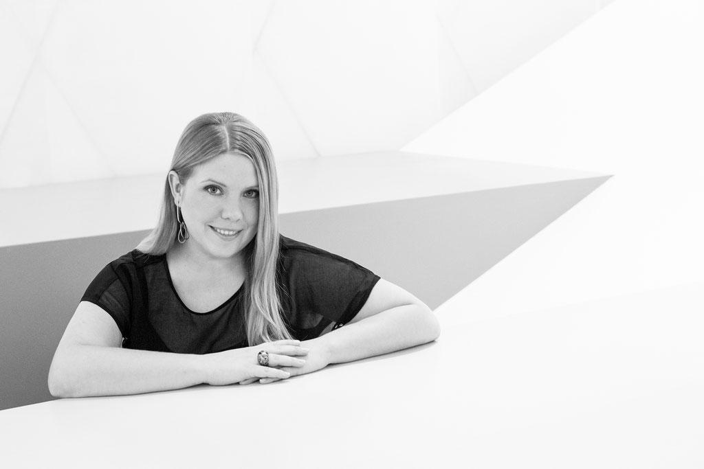 Miriam Neuwirth, Goldschmiedin