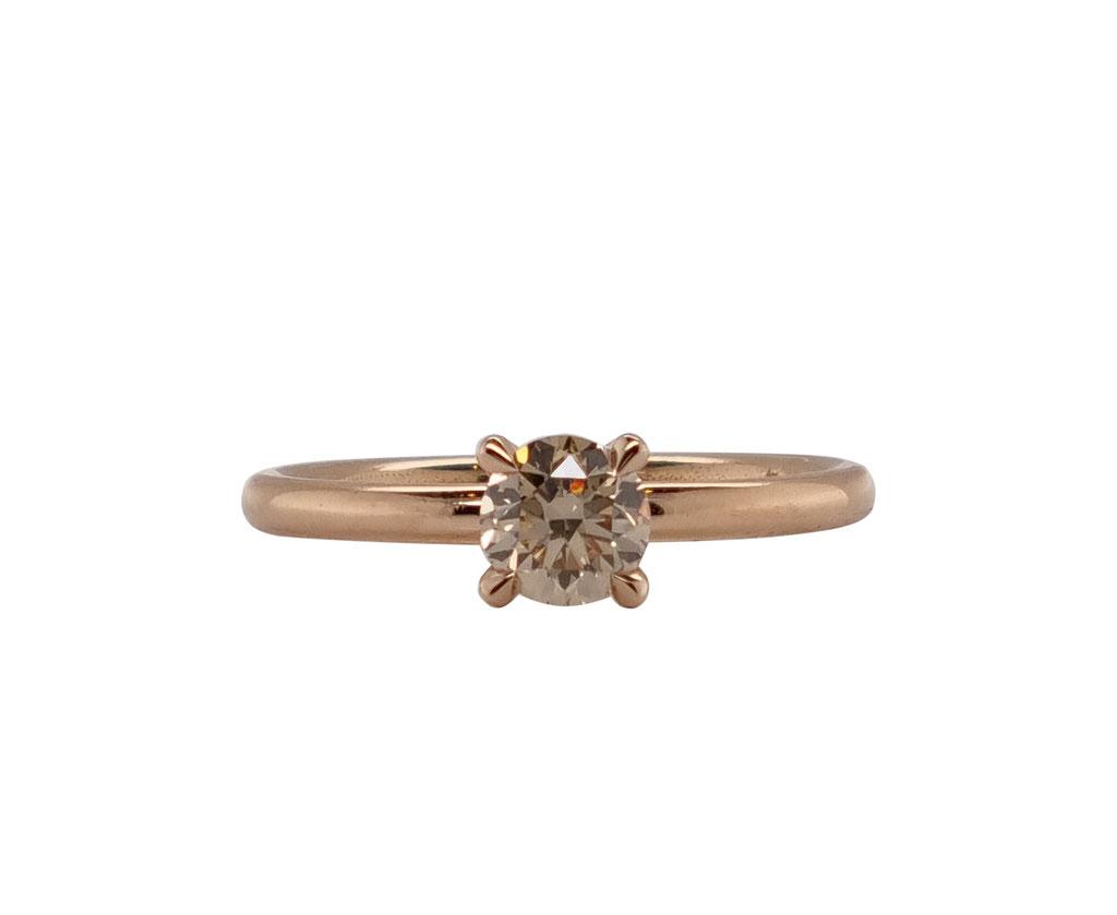 Solitär mit 0,56 ct braunem Diamant, 18 karat Rotgold, 1.800 Euro