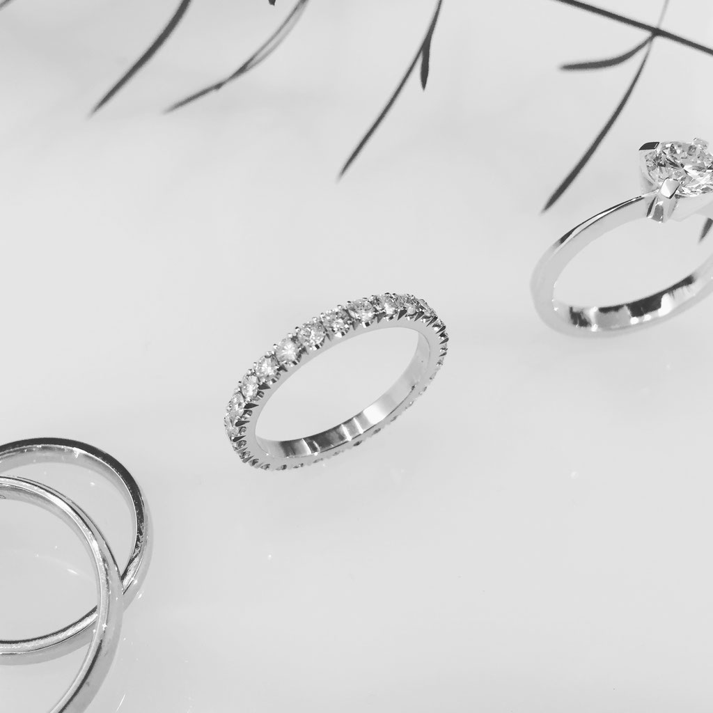Diamantehering, 950 Platin, 0,87 carat, 2.490 Euro