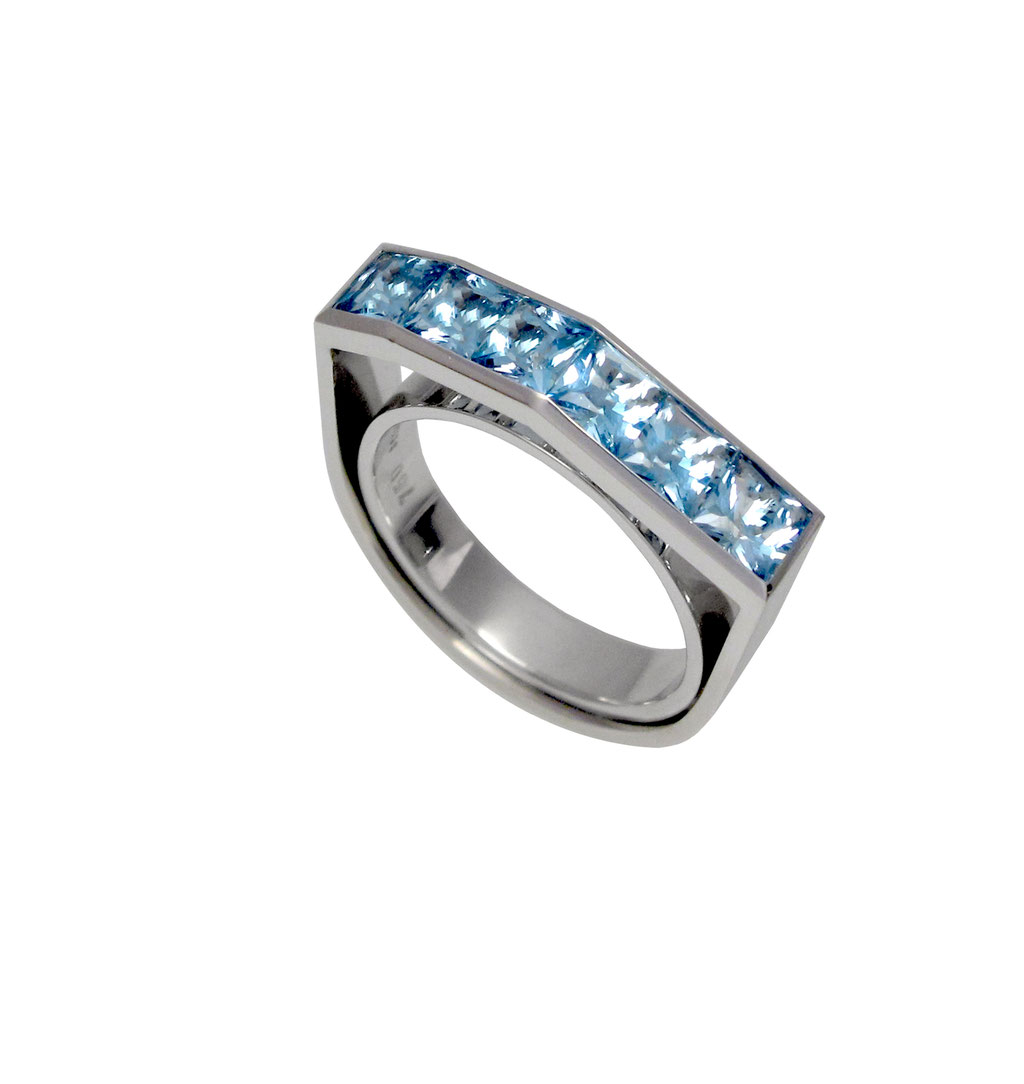 Ring, Aquamarine, 3.400 Euro