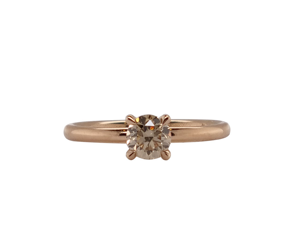 Solitär mit braunem Diamant 0,56 carat, 18 karat Rotgold, 1.800 Euro