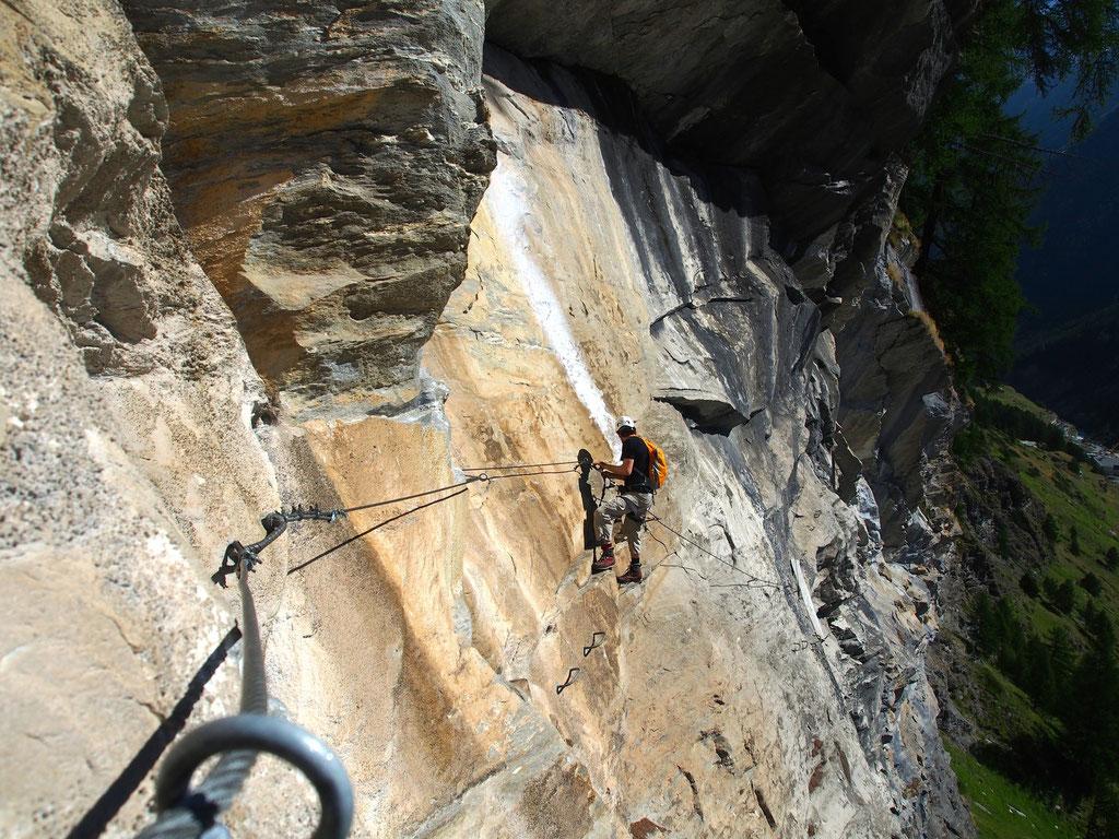Klettersteig Zermatt : Dynamischer klettersteig gornerschlucht schweiz tourismus