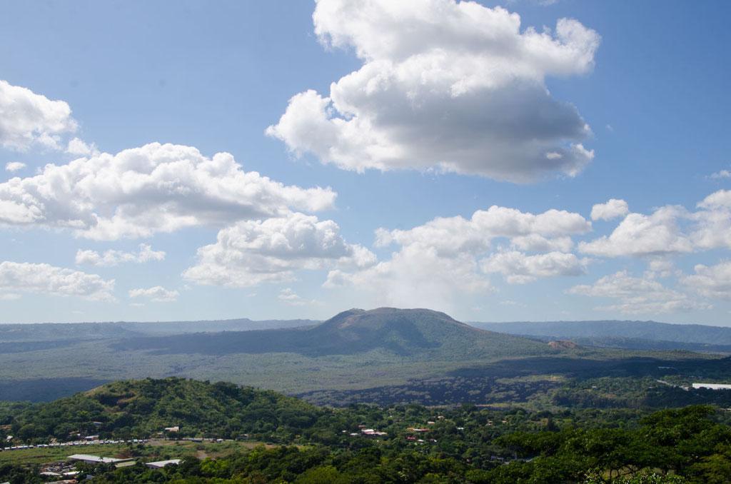 Blick auf den Vulkan Masaya