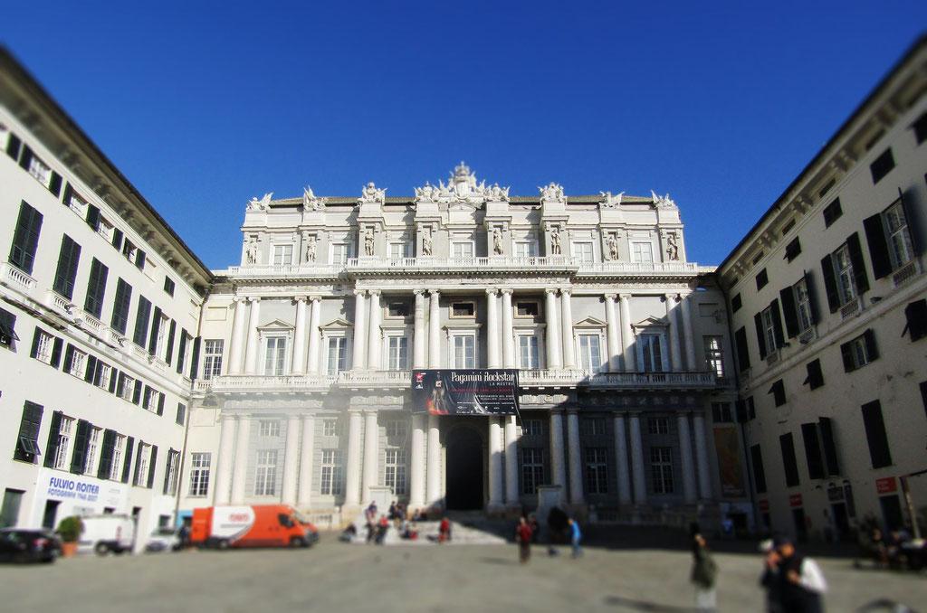 Дворец Дожей - экскурсия в Генуе