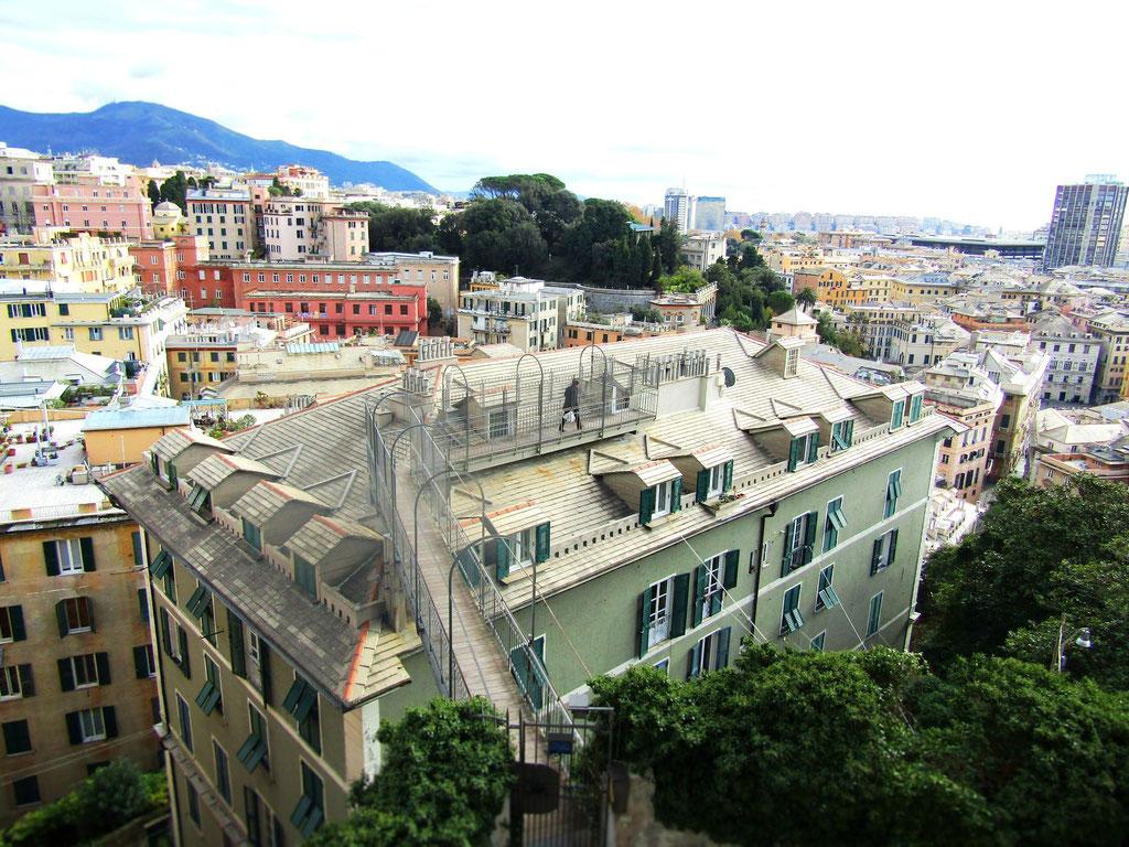 Генуя - вид со смотровой, экскурсии в Генуе