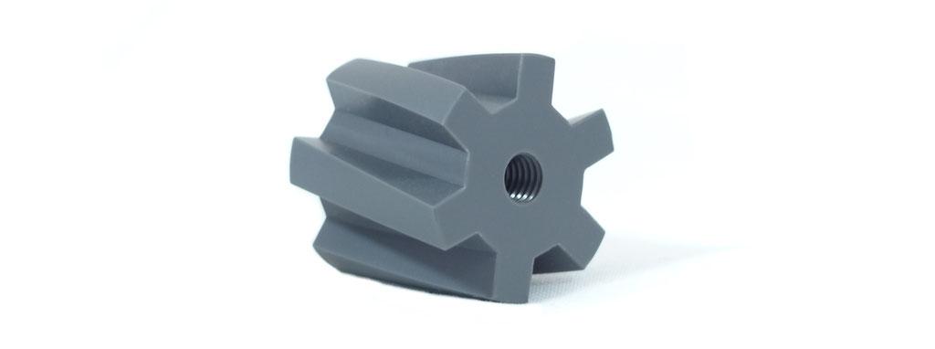 Drehen mit Y-Achse, Bauteil in Kleinserie aus Hart-PVC