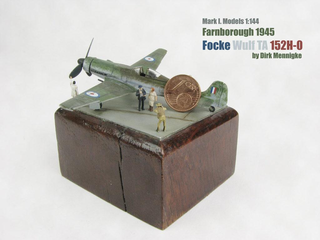 Focke Wulf Ta 152H-0  Mark I. Models 1:144 by Dirk Mennigke