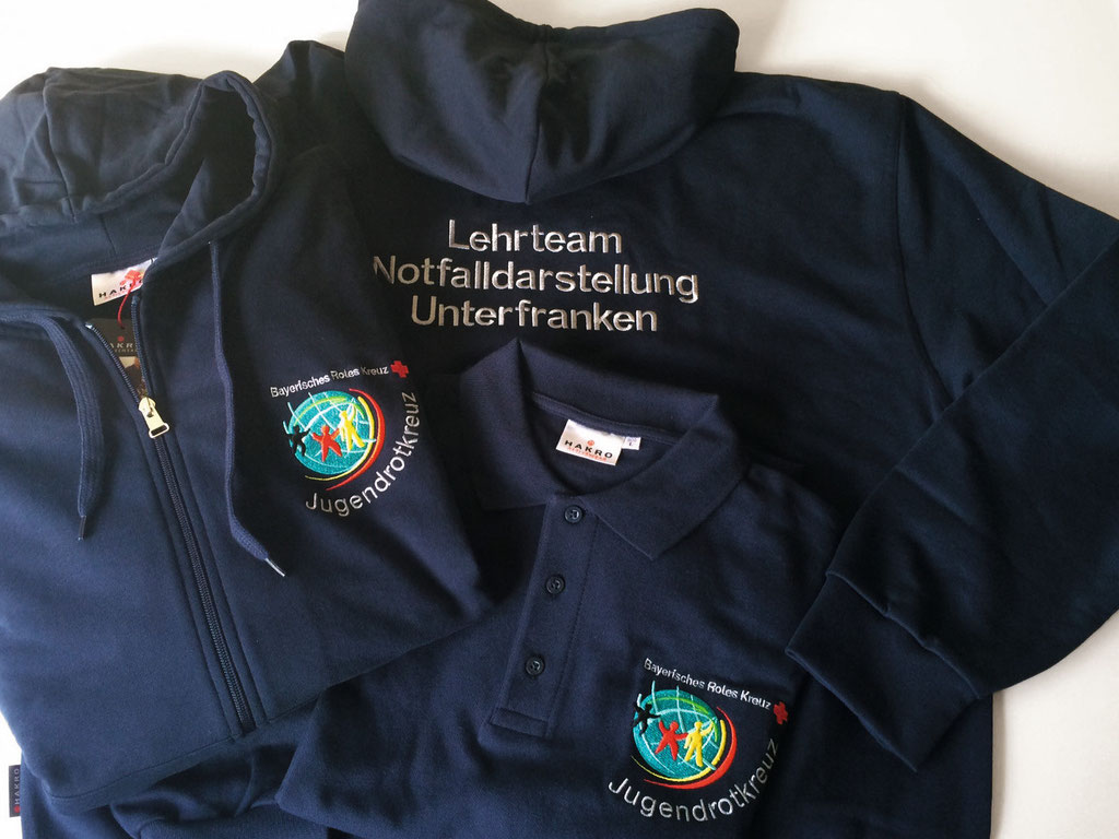 HAKRO Kapuzen-Sweatjacke Premium #605; Poloshirt Top #800 - Bestickung - BRK/JRK Würzburg