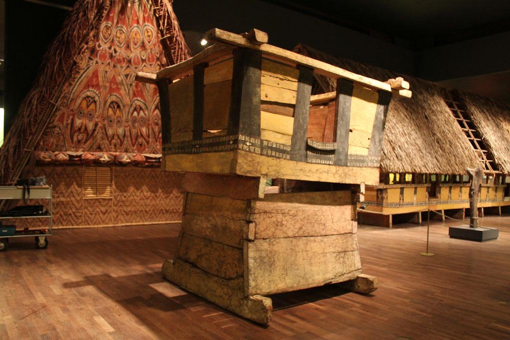 Prunkhäuschen im aufgebautem Zustand nach der Restaurierung | Ethnologisches Museum, SMB-SPK Berlin | Foto: A. Fehse, 2015