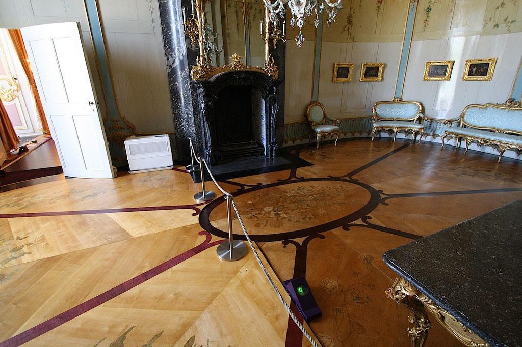 Fußboden nach der Restaurierung einschl. Rekonstruktion | Stiftung Preußische Schlösser und Gärten Berlin-Brandenburg | Foto: M. Heß, 2011