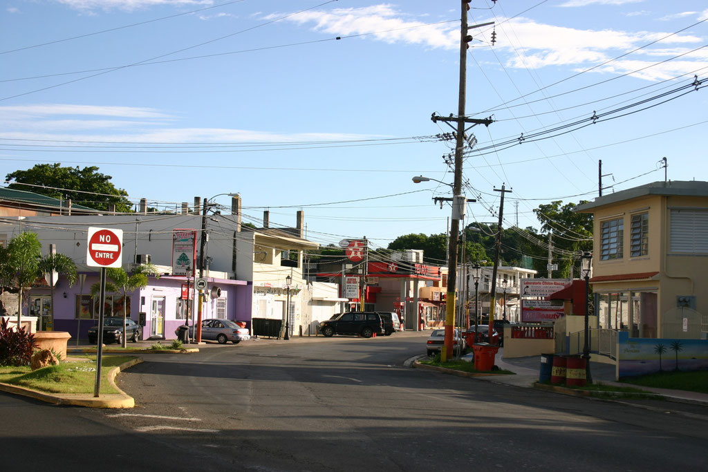 Entering Rincon's Downtown