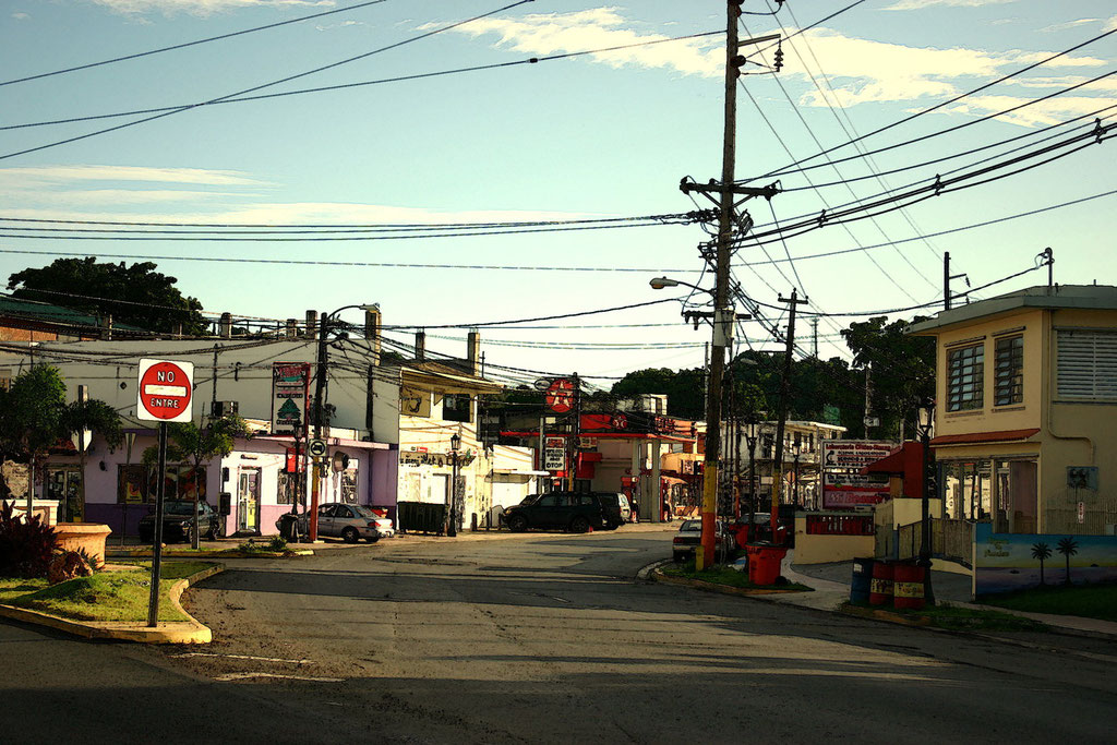 The road into downtown Rincon