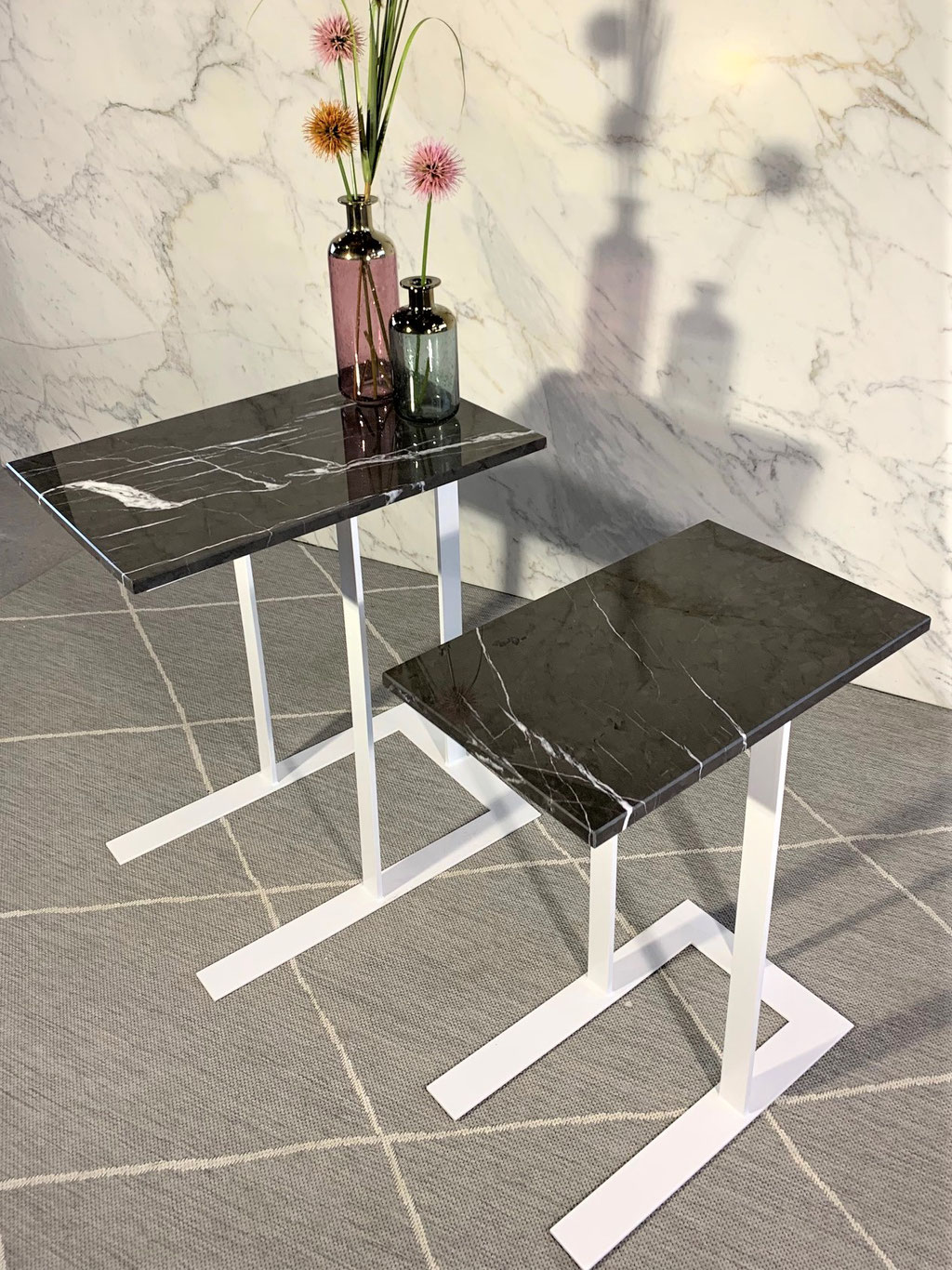 Grafite marble side table