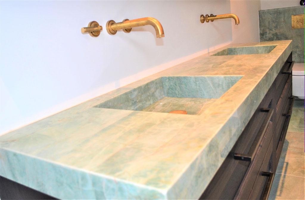 Emerald Quarzite basin model Tenno