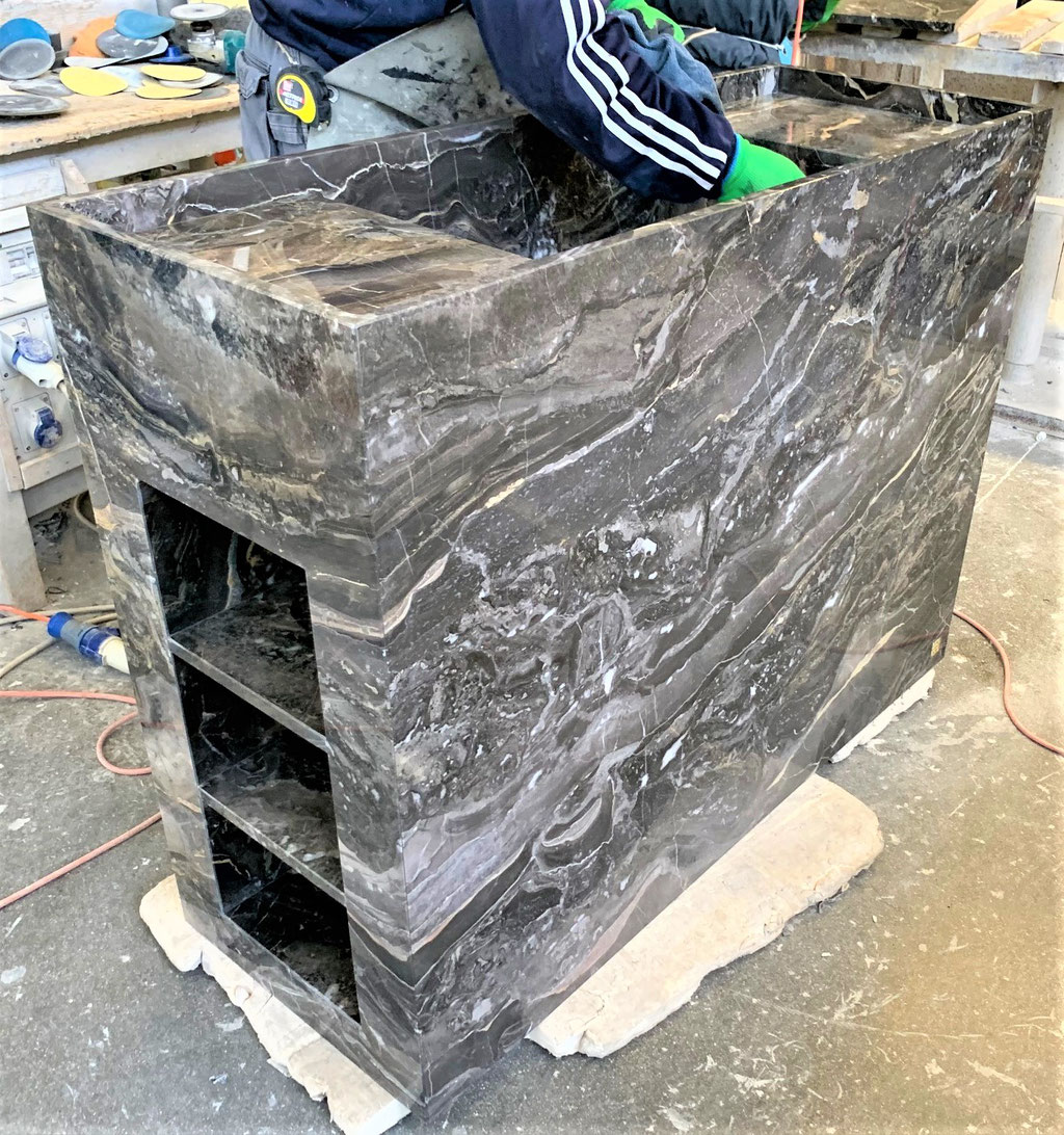 The making of a luxury bathroom basin in marble