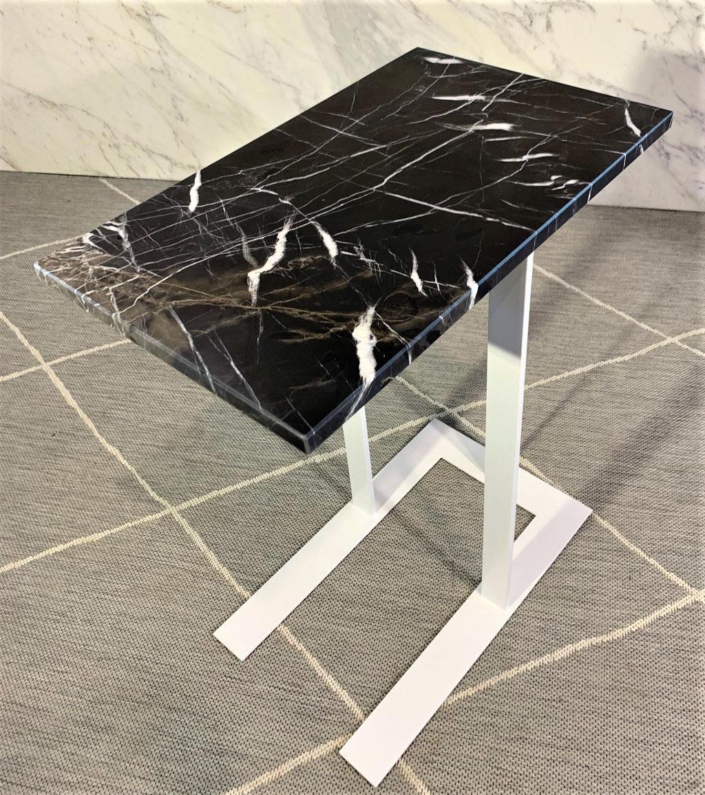 Café Mokka marble side table