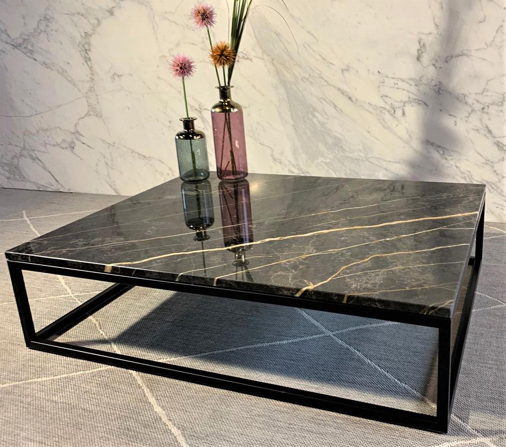 Port Laurent marble & black steel