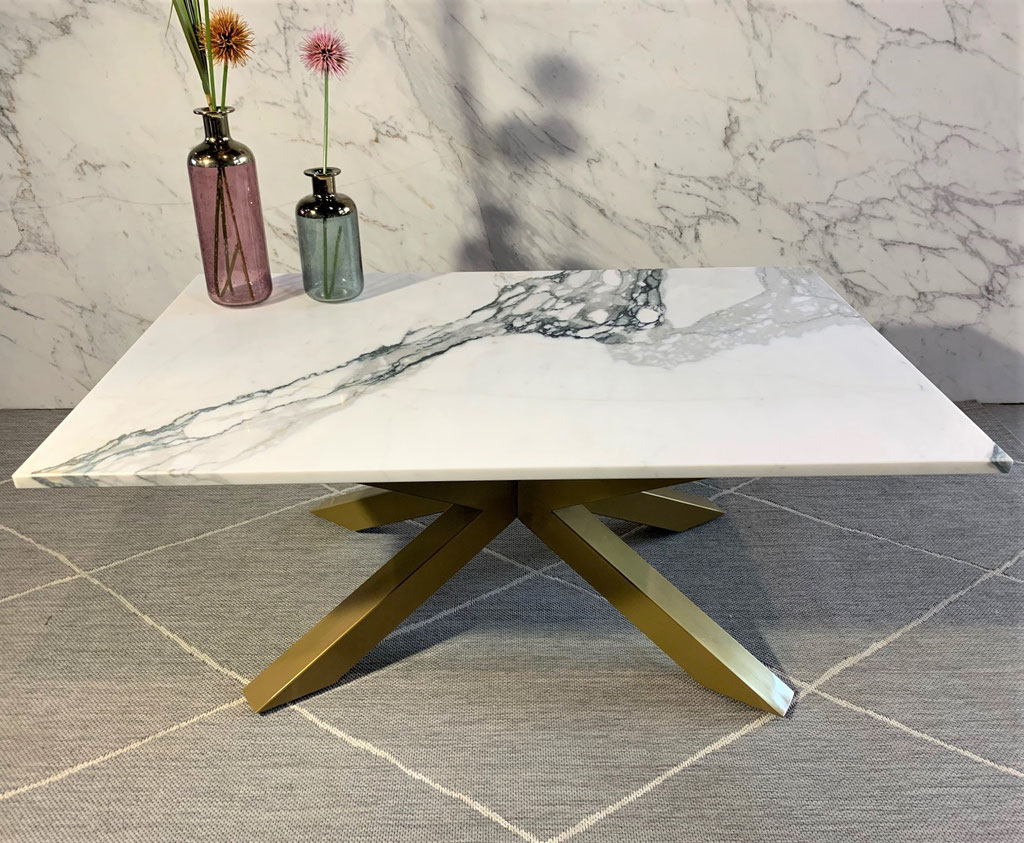 Calacatta marble luxury table