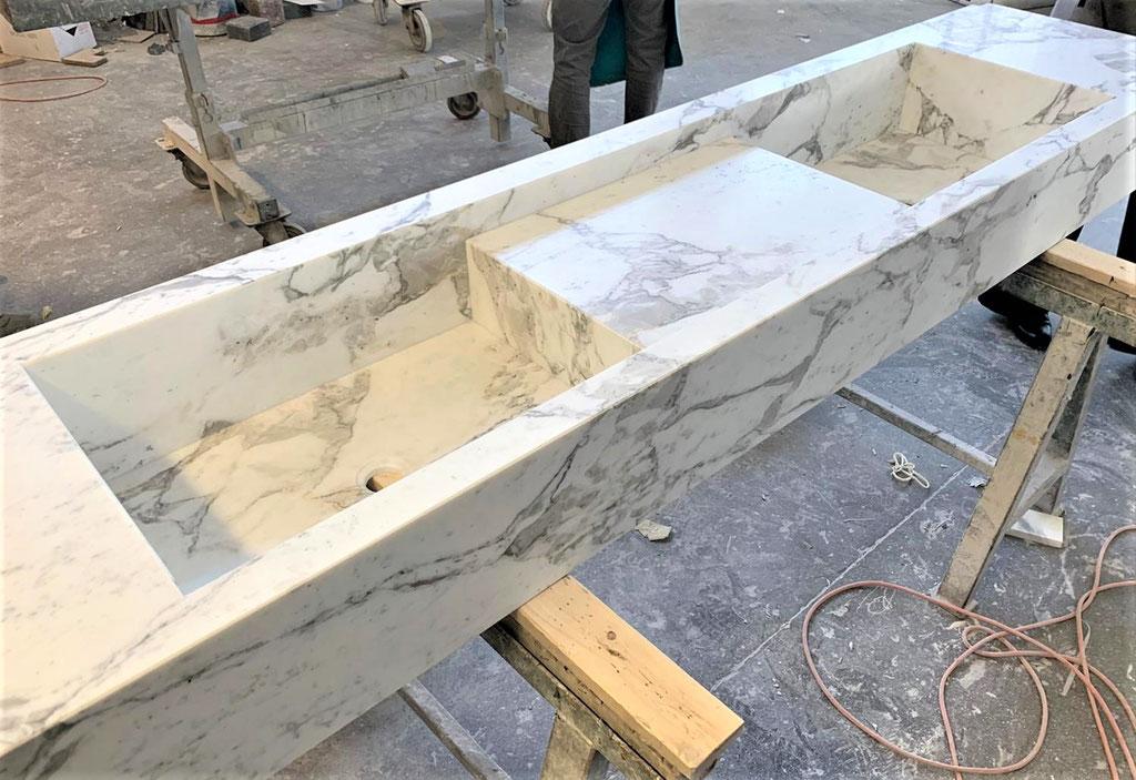 Calacatta marble basin