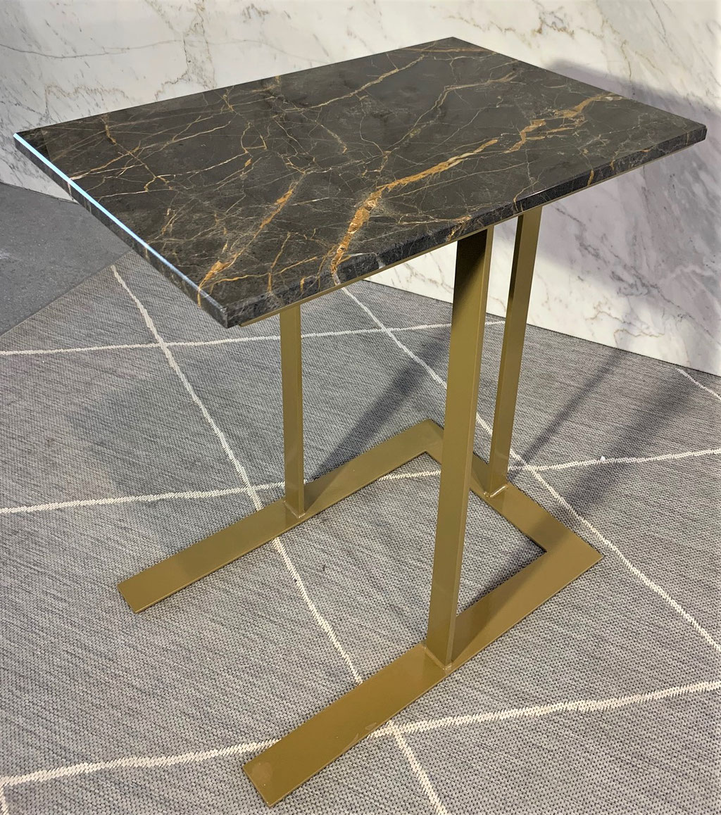 Port Laurent marble with gold steel