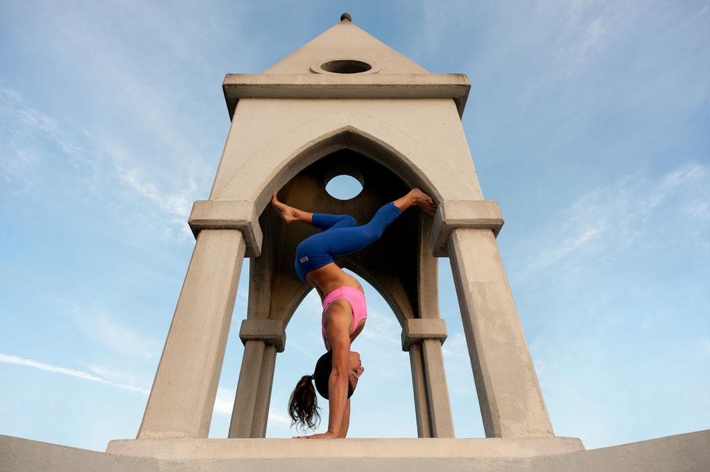 Naheed Radfar, Gymnast | Shakespeare Bridge in Los Feliz, CA | 2013